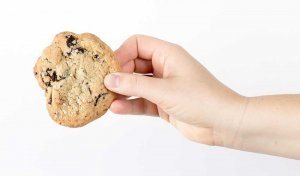 foto van hand met koekje - privacy wetgeving